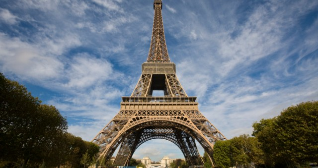 Eiffel-Tower-980x520